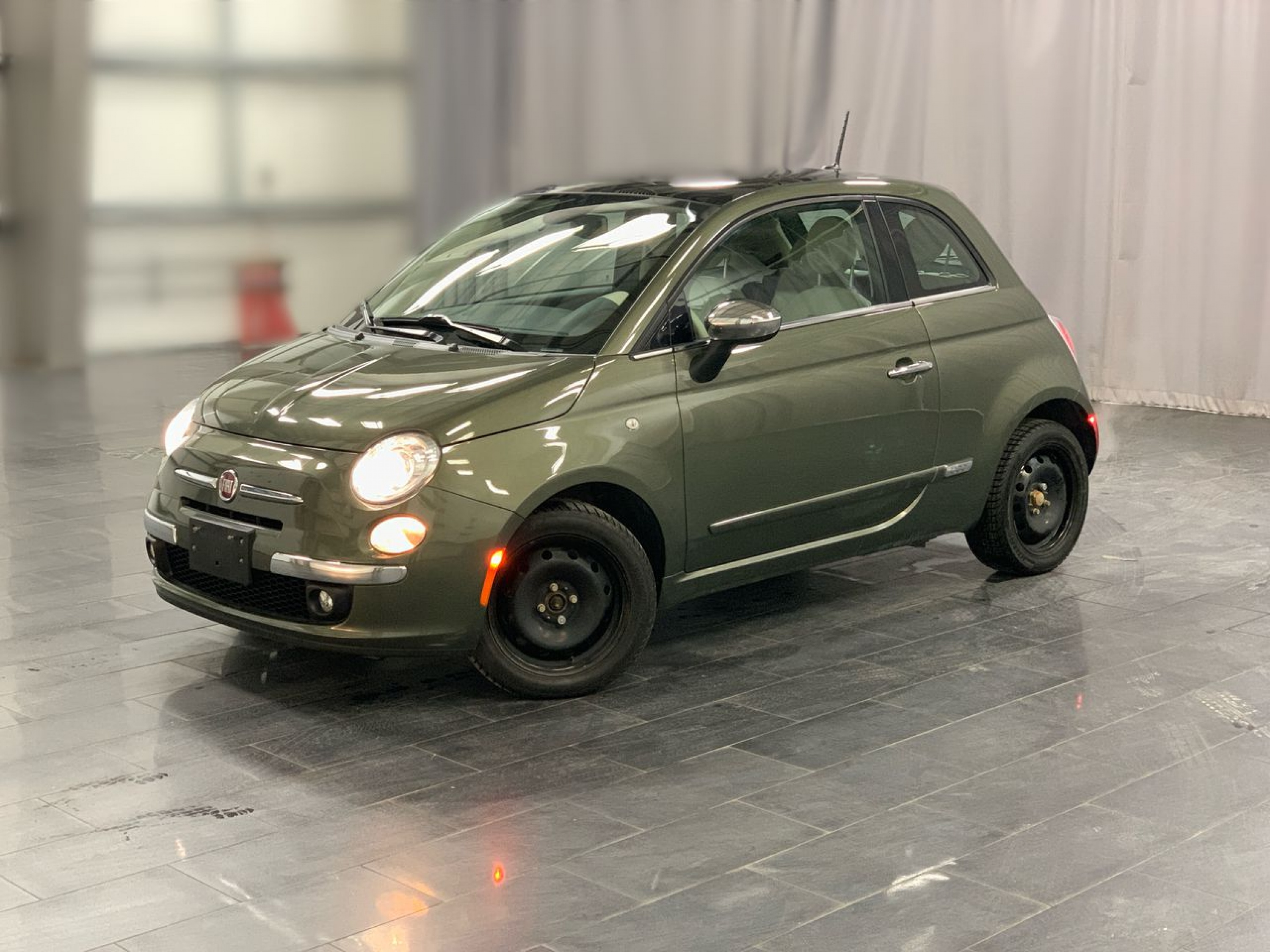 Pre-Owned 2014 FIAT 500 Lounge *Ready For Winter* Why you ask?