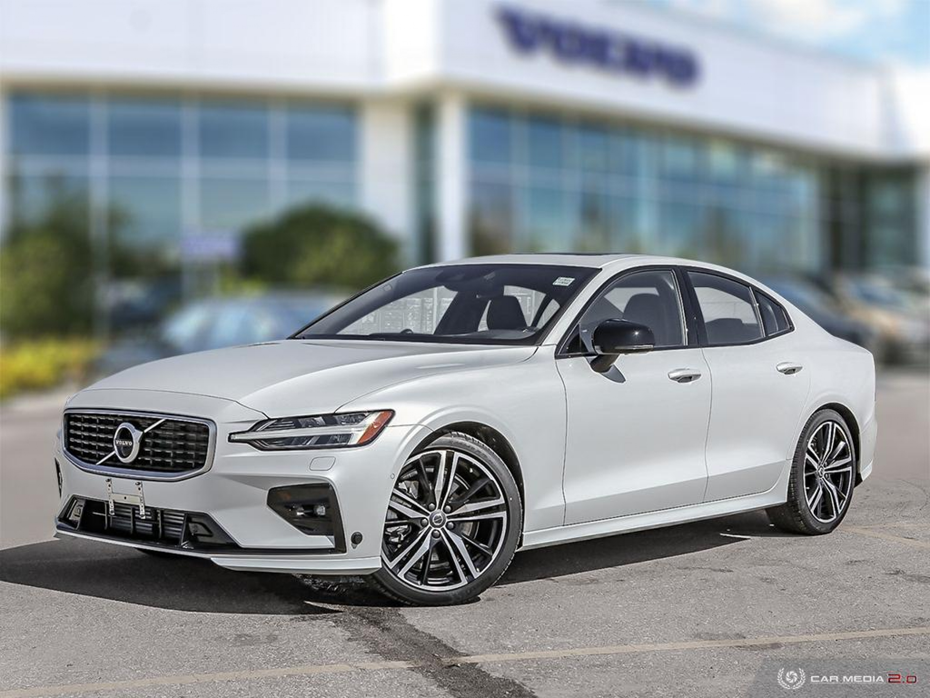New 2020 Volvo S60 R-Design | Advanced Safety Technology