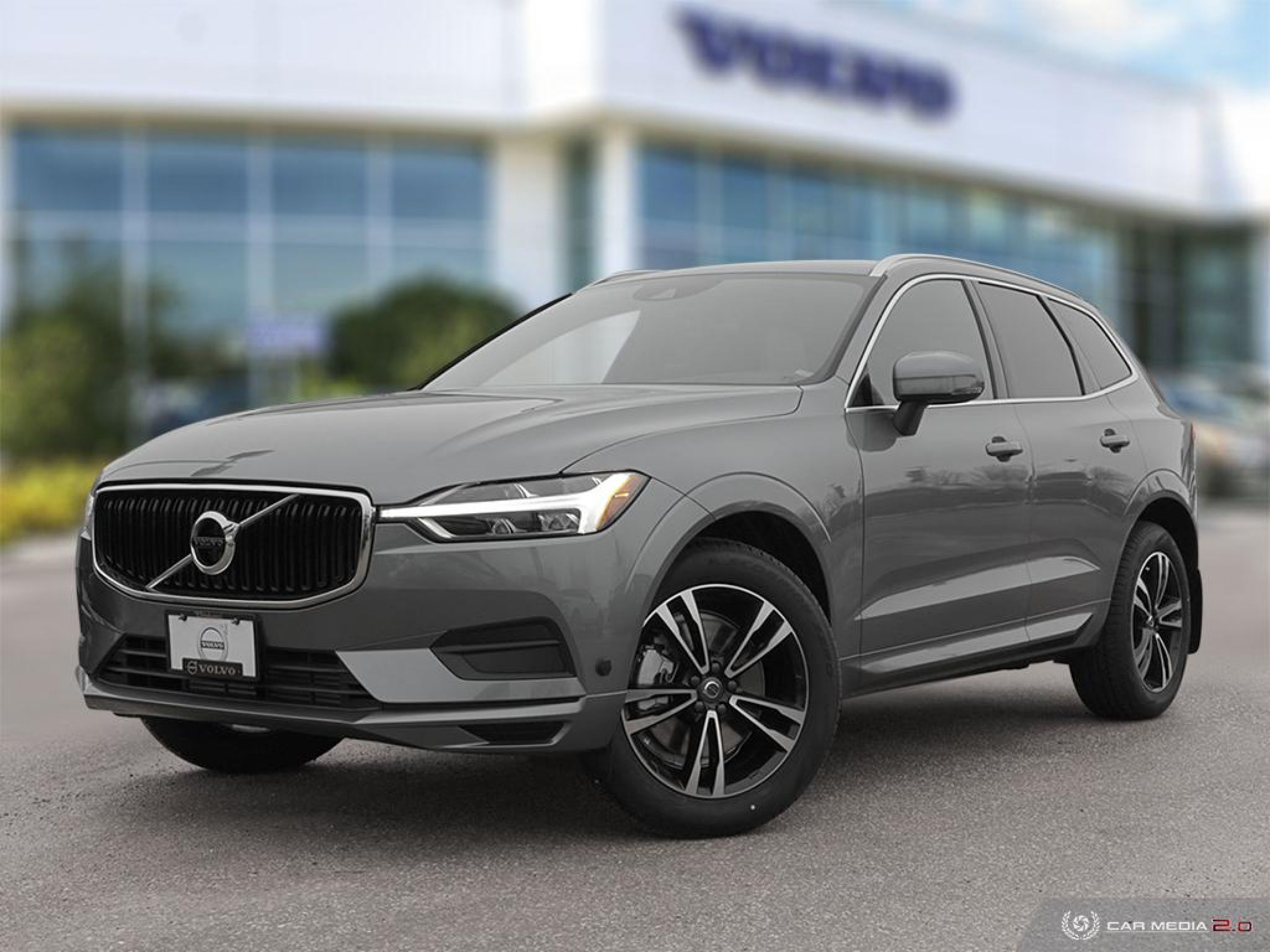 New 2020 Volvo XC60 Momentum | Technology Designed Around You
