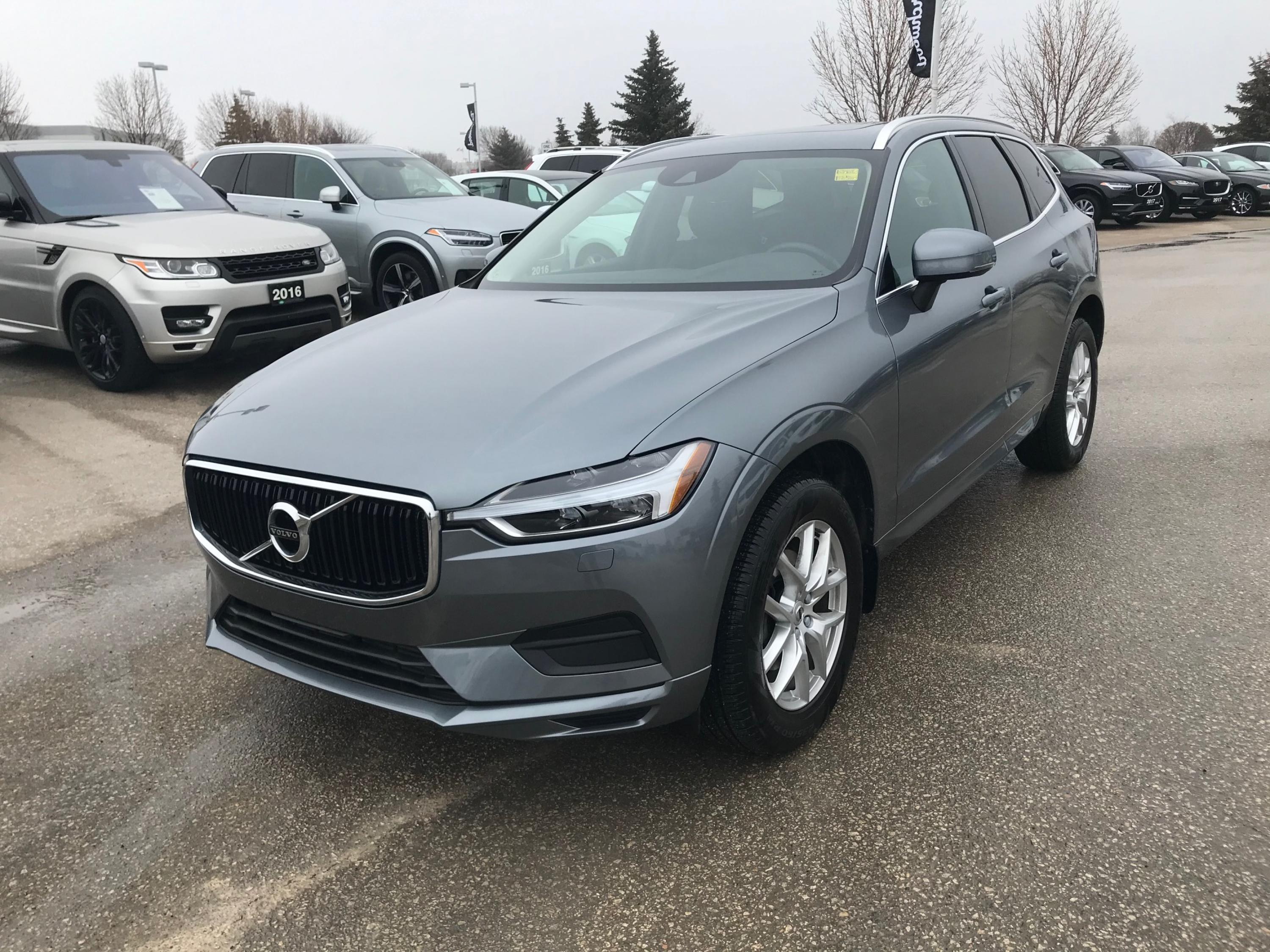 Pre-Owned 2018 Volvo XC60 Momentum April Special: 90 Day Payment Deferral!
