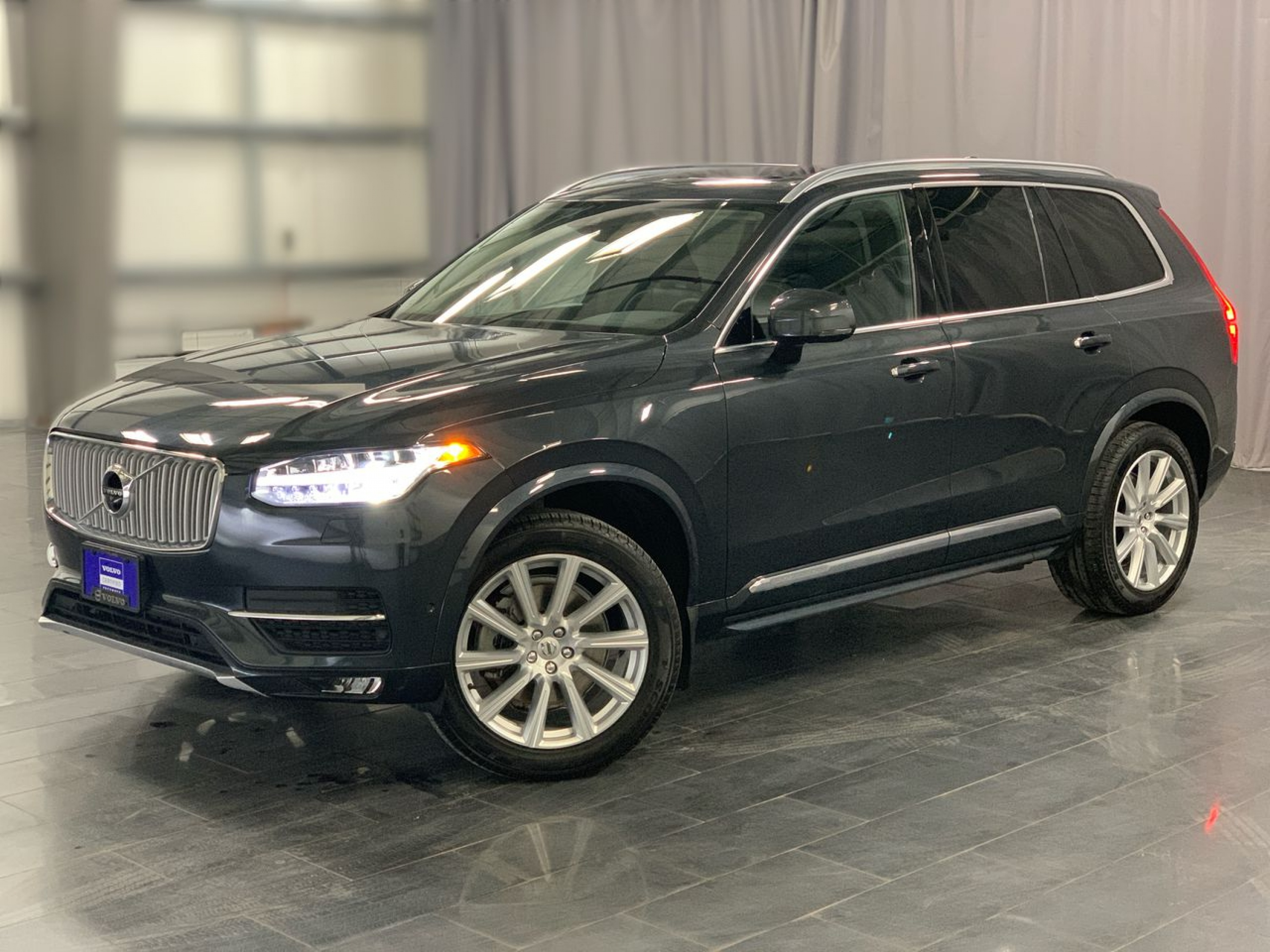 Certified Pre-Owned 2018 Volvo XC90 Inscription *Our Only Pre-Owned T6 Inscription*