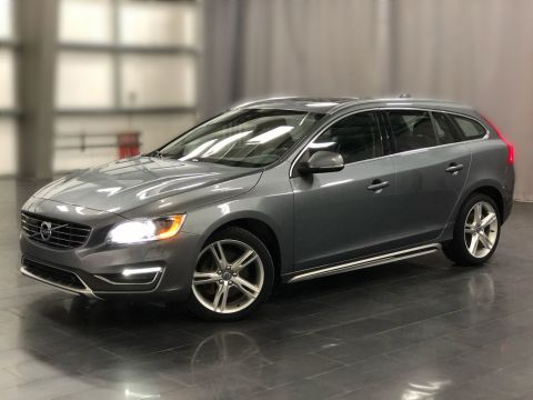 Pre-Owned 2017 Volvo V60 T5 Special Edition Premier *A Great Looking Wagon*