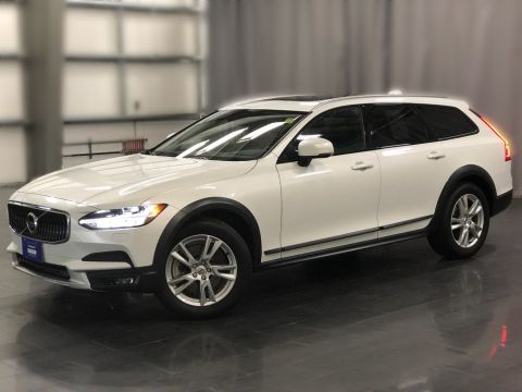 Certified Pre-Owned 2018 Volvo V90 T5 AWD *The Volvo Wagon Tradition Continues*
