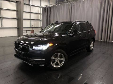 Pre-Owned 2017 Volvo XC90 T5 Momentum *The T5 Momentum in Onyx Black*