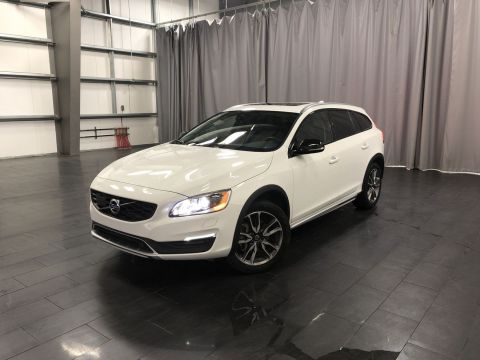 Pre-Owned 2017 Volvo V60 T5 Premier Local Lease Return with No Accidents
